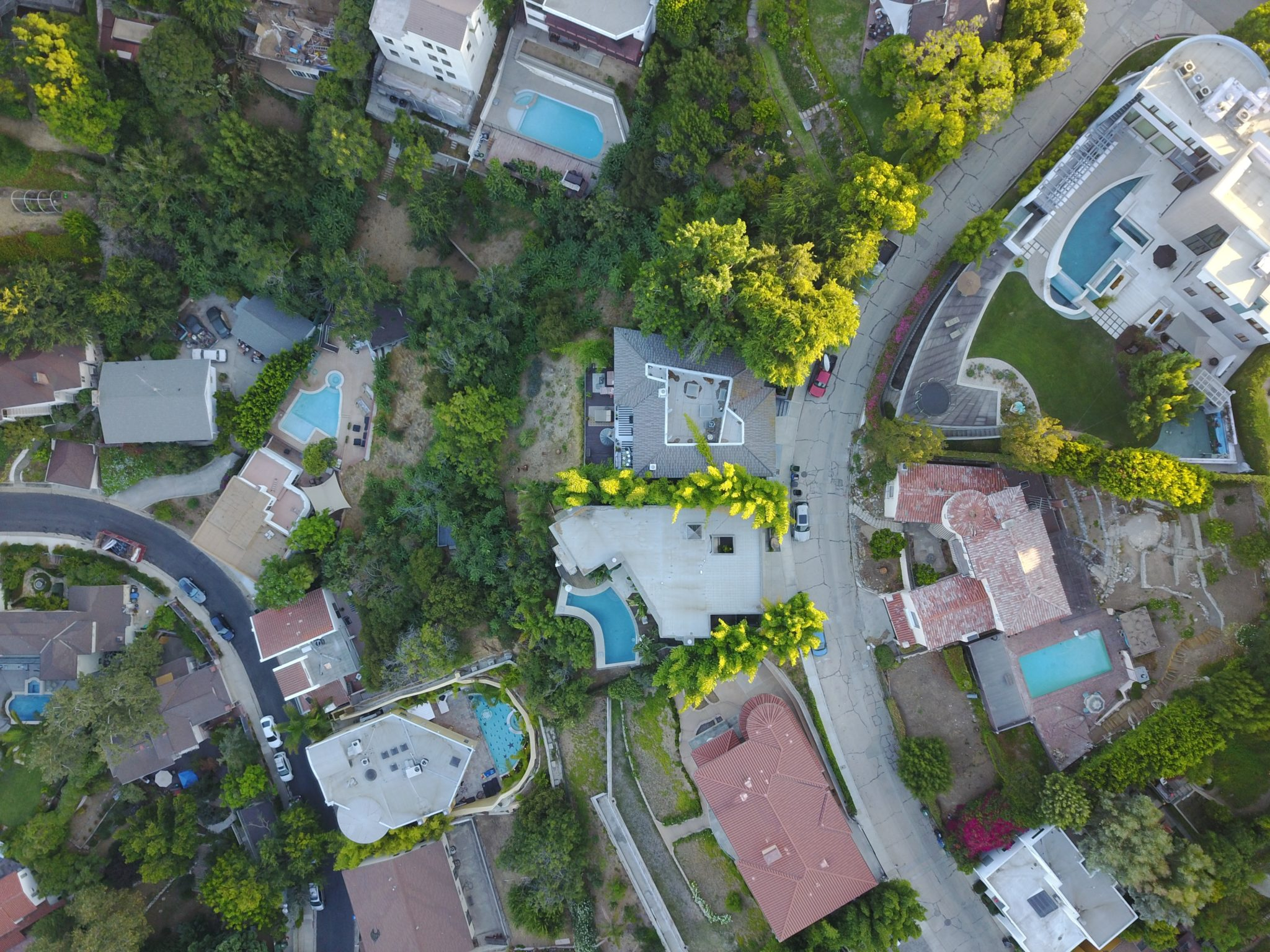 top view photo of assorted-color buildings and roads